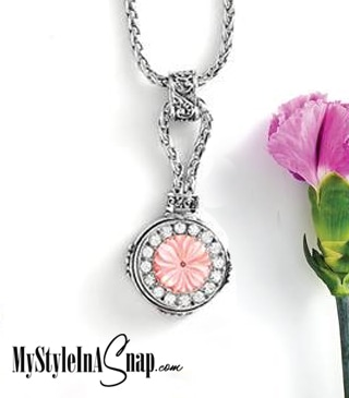 Magnolia and Vine Mini Simple Pleasures Pendant #M0370 on Link Bead Chain and Mini Splendid Snap #M0467 available at MyStyleInASnap.com