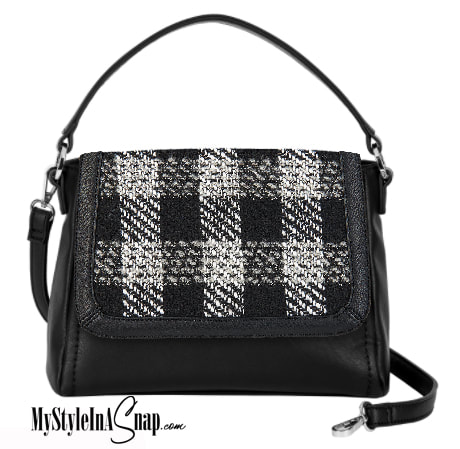 VERSA Checkmate Accent Flap on the VERSA interchangeable handbag! Change you look in an instant and never leave your favorite lipstick at home again! See all the looks at MyStyleInASnap.com LOVE IT? Join us and get it all at consultant prices!