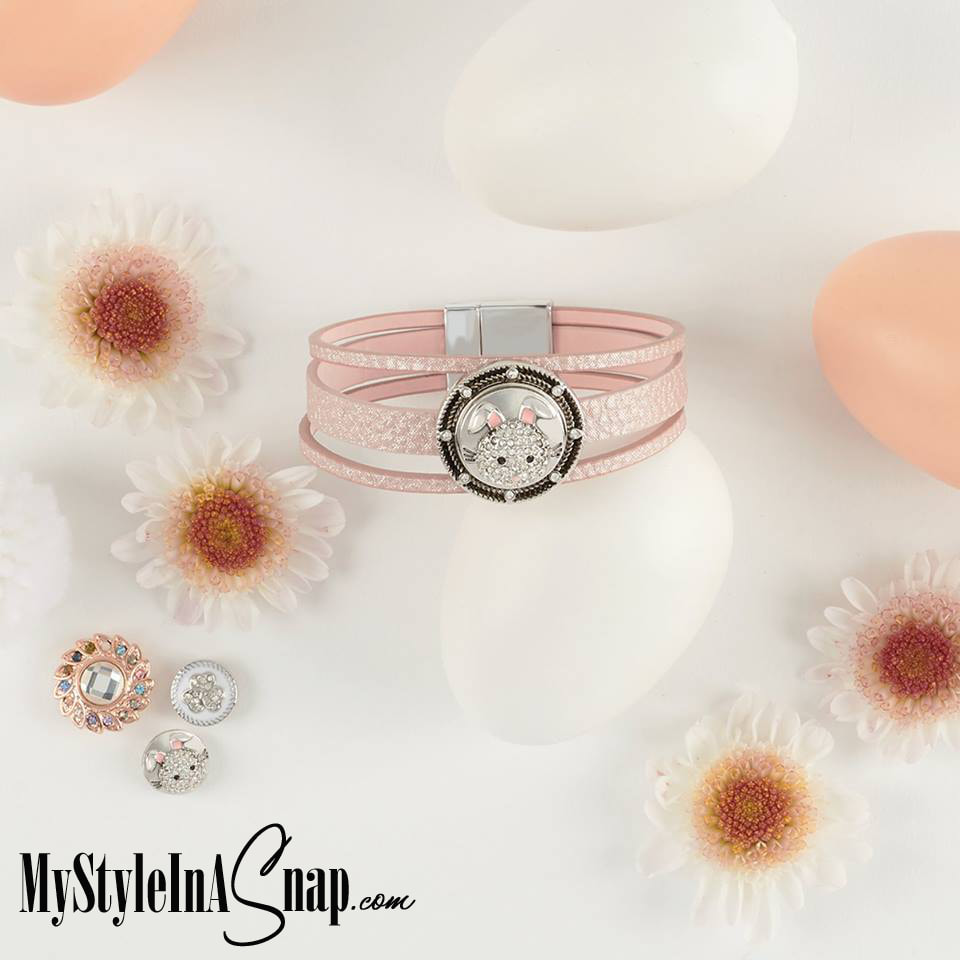 Easter is on it's way and our Hopper Snap and pink Trilogy bracelet are a cute gift for someone you love {or for yourself.} Shop MyStyleInASnap.com LOVE IT? Join us and get it all at consultant prices!