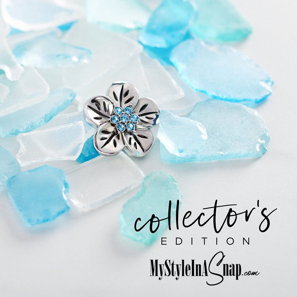 Love ocean blues and all things beachy? You'll love our limited Collector's Edition 30mm Grand Hibiscus Aqua Jewelry Snap! Shop MyStyleInASnap.com LOVE IT? Join us and get it all at consultant prices!