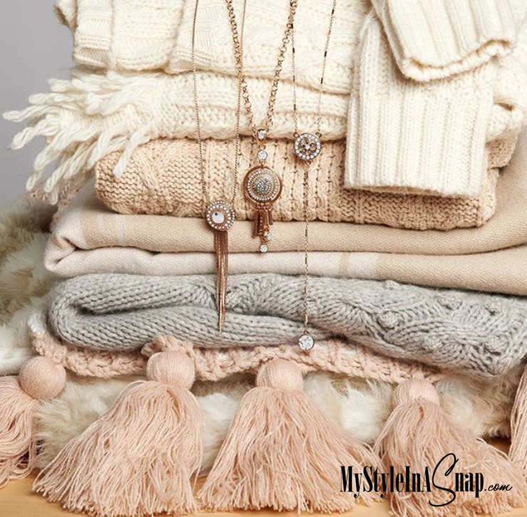 Fabulous accessories in Rose Gold from Magnolia and Vine - Necklaces, bracelets, rings and interchangeable jewelry snaps add warmth to your wardrobe. Available at MyStyleInASnap.com - LOVE IT? Join us and get it all at consultant prices!