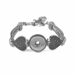 Romantique Bracelet holds an interchangeable Jewelry Snap